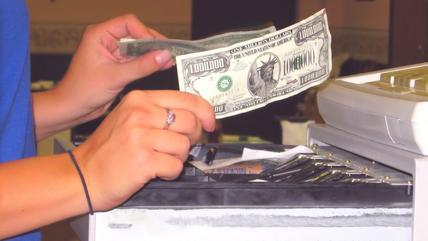 Obowiązek stosowania kas fiskalnych obejmie m.in....